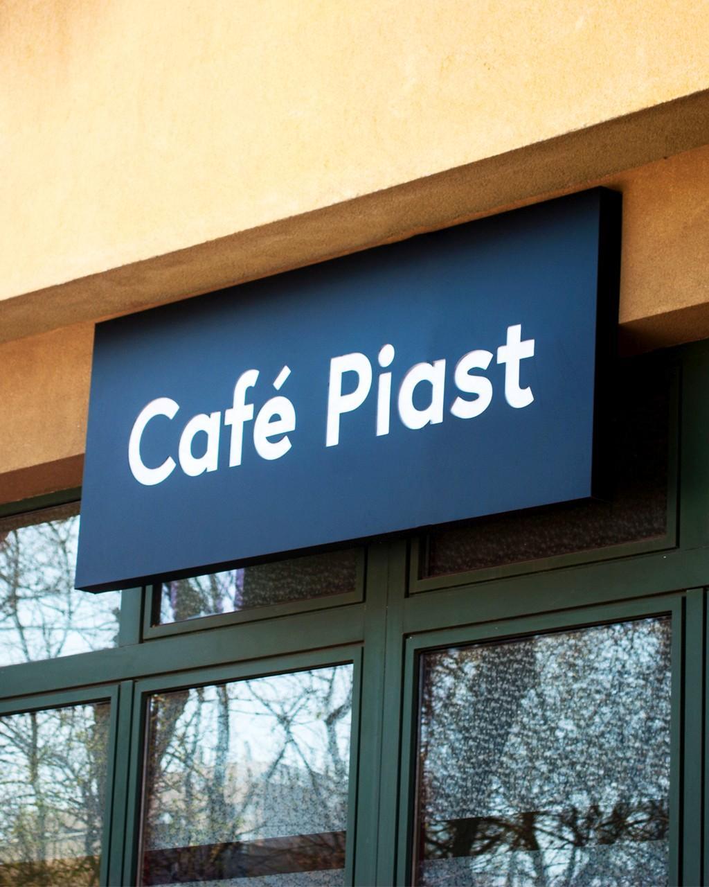 CAFE_PIAST_1